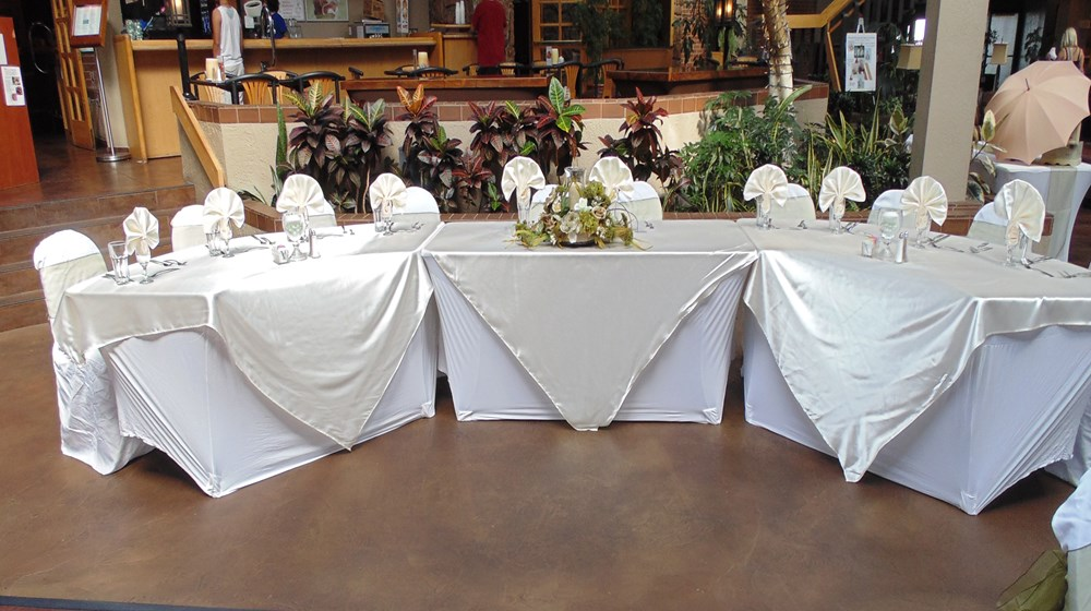 Atrium Reception Head Table